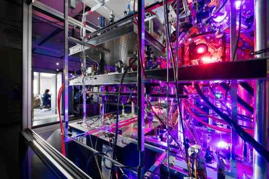 Credit: Uni. Stuttgart, 5. Physikalisches, Wolfram Scheible